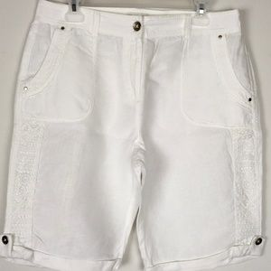 Chico's 100% Linen Bermuda Shorts Crochet Accent